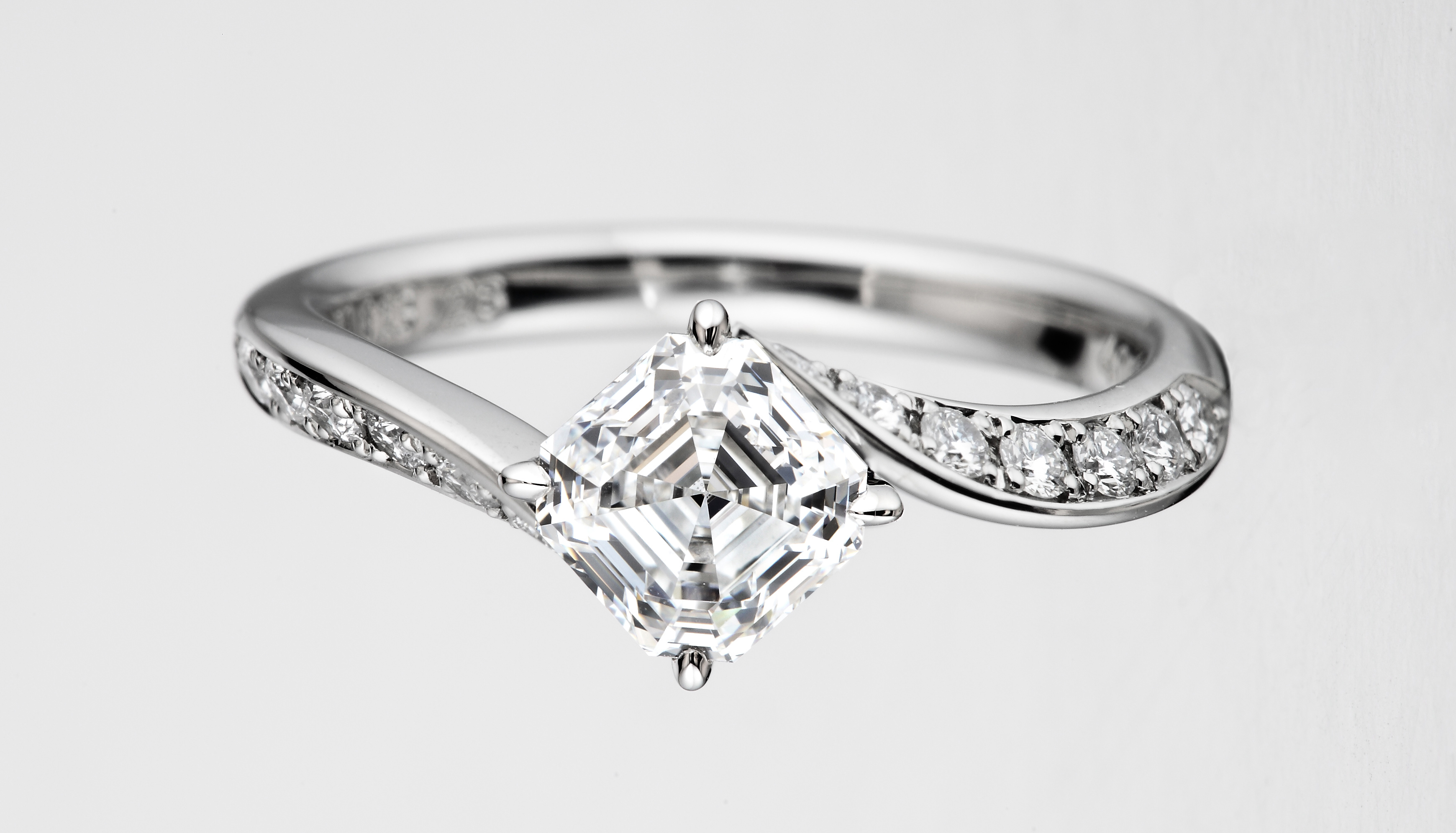 Royal Asscher Engagement Rings, simple and classic