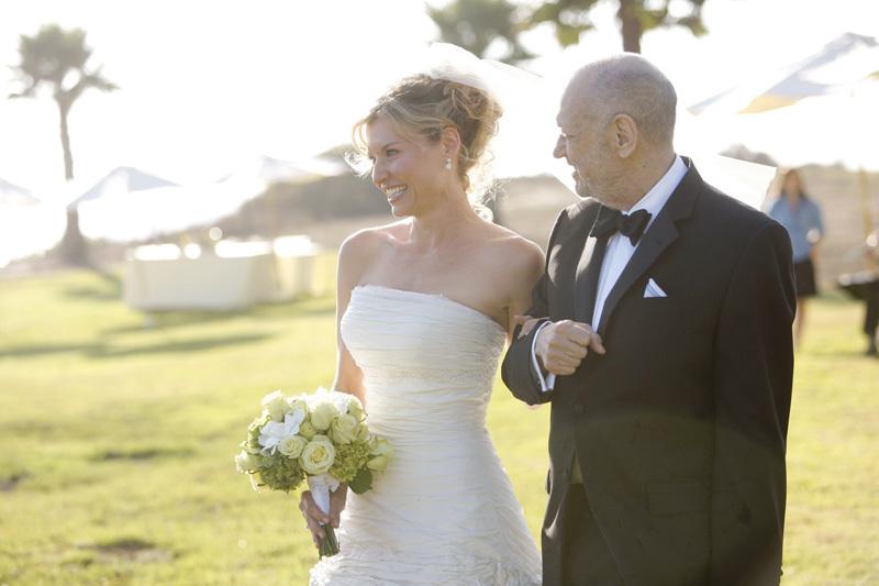 Wedding-santa-barbara-chic-halberg-photographers-rustic-elegant-outdoor-beach-wedding-ceremony-bride-5799.full