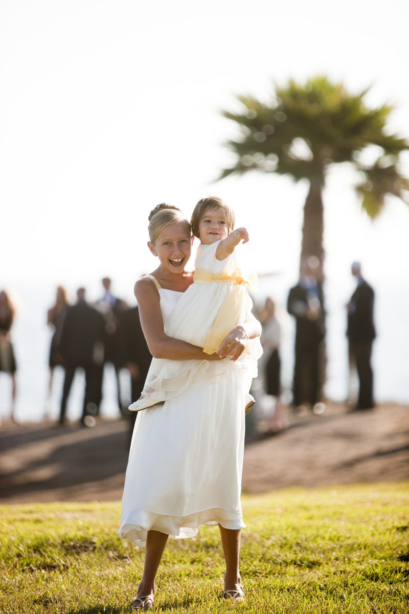 Wedding-santa-barbara-chic-halberg-photographers-rustic-elegant-outdoor-beach-wedding-flower-girl-ceremony-wedding-party-5702.full