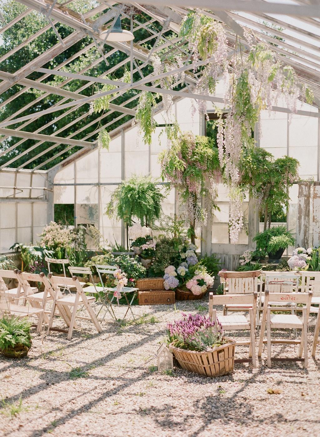 Styled-wedding-beaux-arts-tea-time-monique-lhuillier-santa-barbara-chic-flowers-venue-15.full