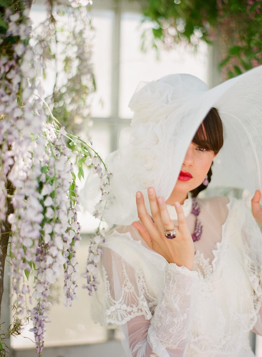 Styled-wedding-beaux-arts-tea-time-monique-lhuillier-santa-barbara-chic-bride-hat-1.full