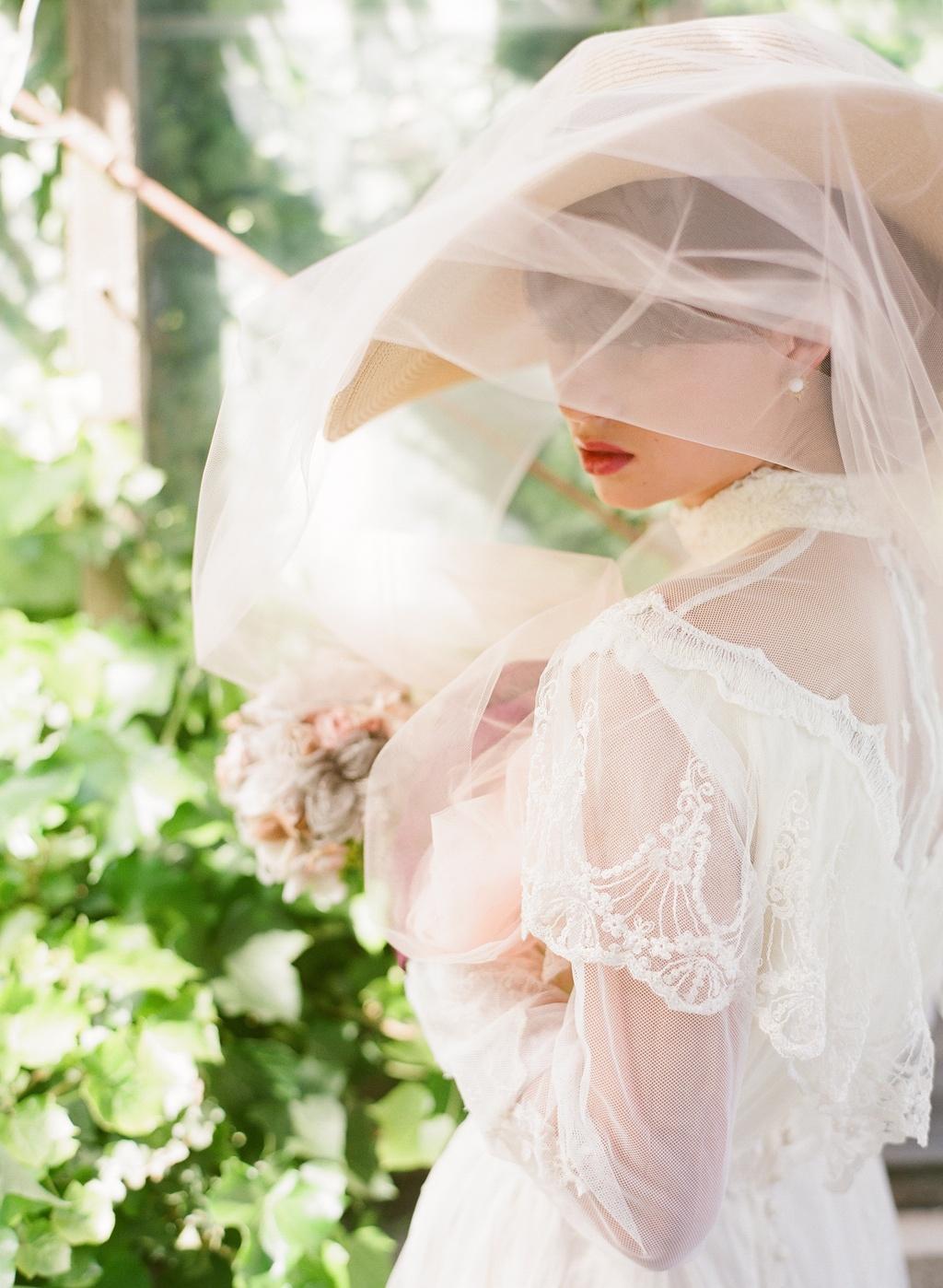 Styled-wedding-beaux-arts-tea-time-monique-lhuillier-santa-barbara-chic-bride-hat-35.full