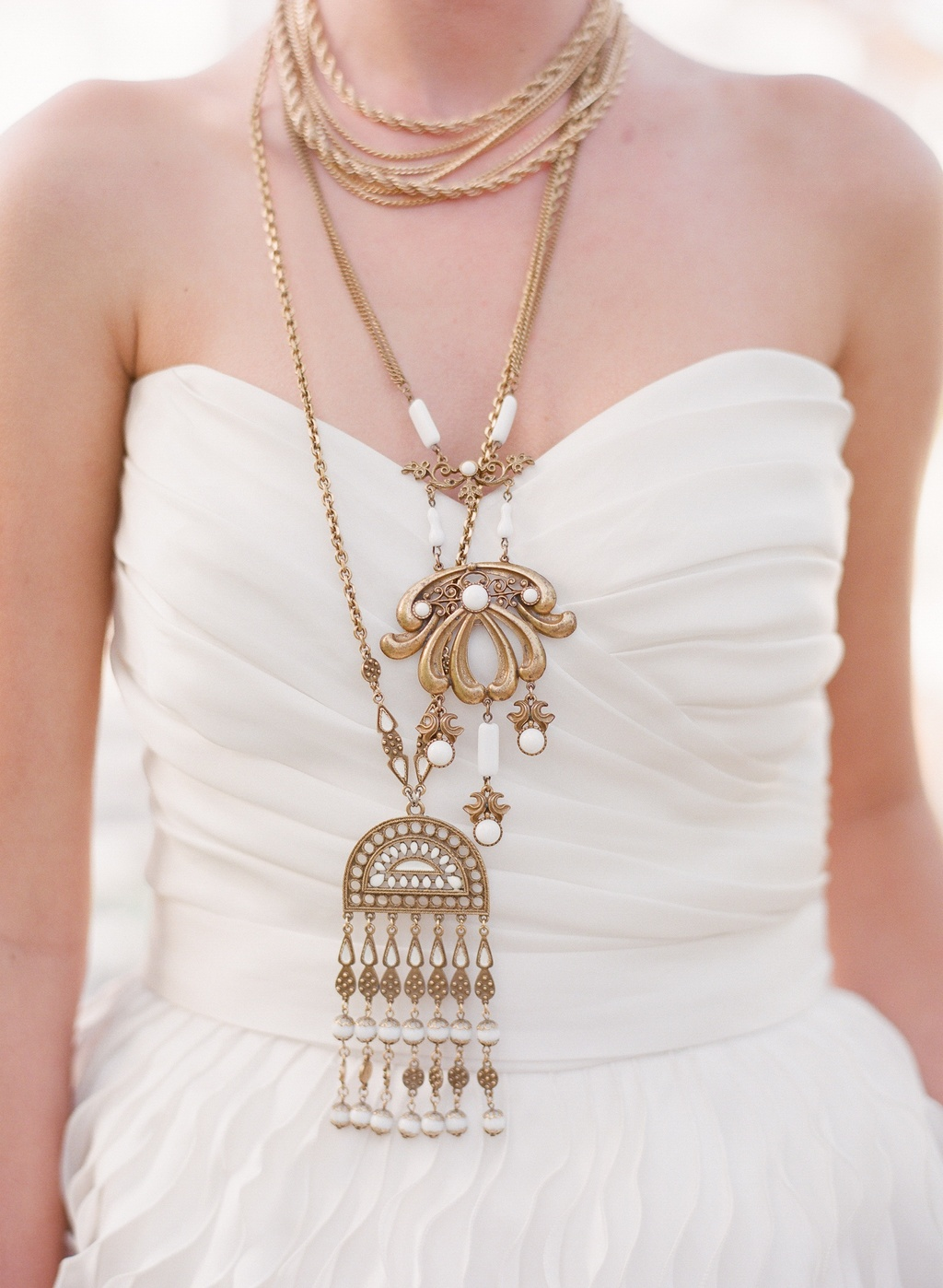 Styled-wedding-beaux-arts-tea-time-monique-lhuillier-santa-barbara-chic-bride-jewelry-gold-296.full