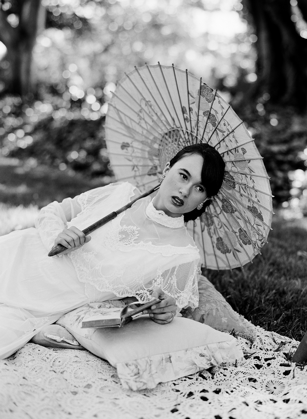 Styled-wedding-beaux-arts-tea-time-monique-lhuillier-santa-barbara-chic-bride-umbrella-photography-52.full