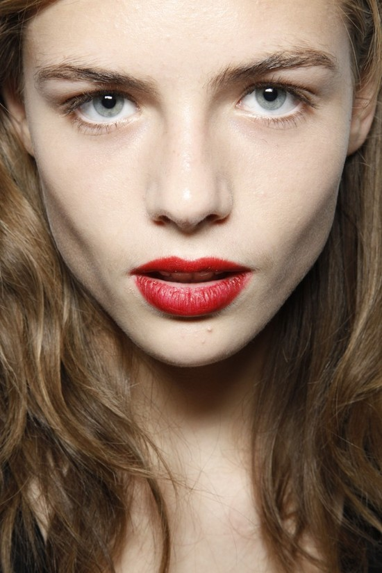 wedding hair makeup trends from fashion week red lips at Burberry