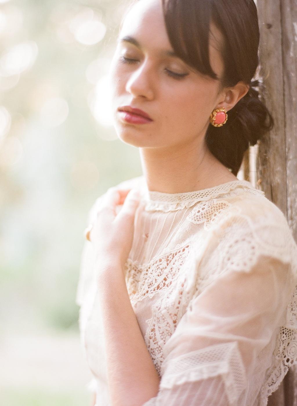 Styled-wedding-beaux-arts-tea-time-monique-lhuillier-santa-barbara-chic-wedding-dress-bridal-gown-lace44.full