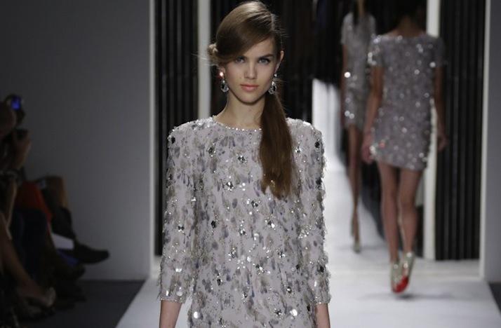Wedding-reception-style-inspiration-jenny-packham-silver-beaded-sleeves.full