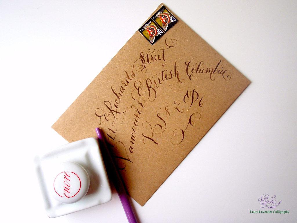 Handmade-wedding-stationery-decor-using-kraft-paper-etsy-weddings-calligraphied-envelope.full