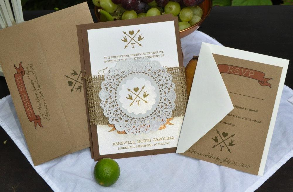Handmade-wedding-stationery-decor-using-kraft-paper-etsy-weddings-3.full