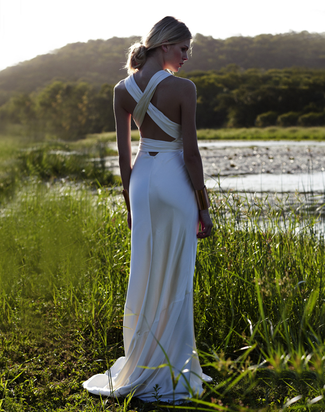 Vintage-inspired-wedding-gowns-retro-glam-brides-by-amanda-wakely-9.full