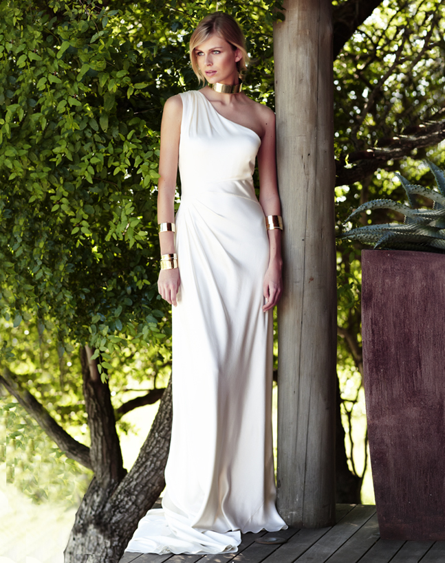 Vintage-inspired-wedding-gowns-retro-glam-brides-by-amanda-wakely-5.full