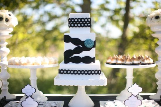 wedding-cakes-and-desserts-by-California-cake-baker-Sweet-and-Saucy-Shop-40