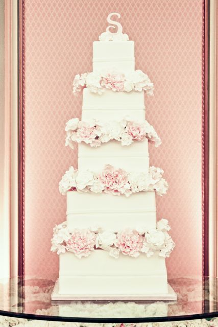 wedding-cakes-and-desserts-by-California-cake-baker-Sweet-and-Saucy-Shop-26