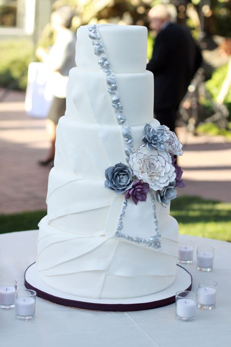 Wedding Cakes In California Luxury Navokal