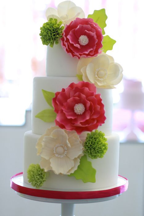 wedding-cakes-and-desserts-by-California-cake-baker-Sweet-and-Saucy-Shop-19