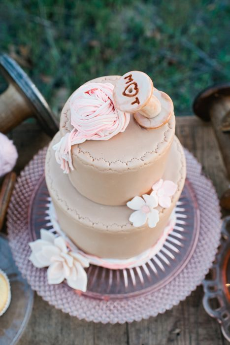 wedding-cakes-and-desserts-by-California-cake-baker-Sweet-and-Saucy-Shop-11