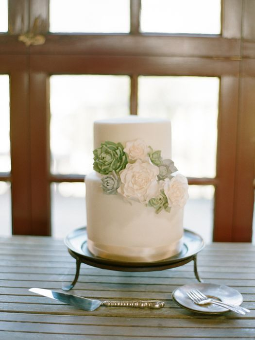 wedding-cakes-and-desserts-by-California-cake-baker-Sweet-and-Saucy-Shop-8
