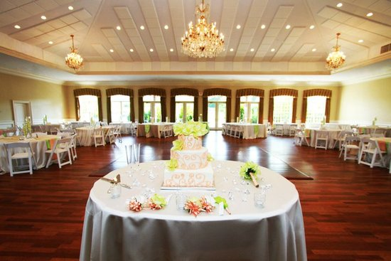 Bridal Party King Arthur Table