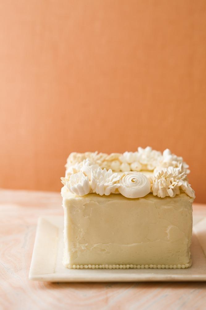 Fondant-wedding-cake-toppers-creative-weddings-handmade-1.full