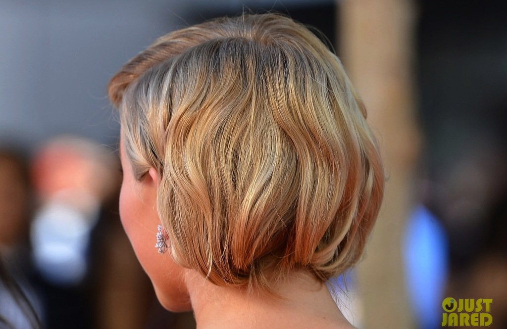 Flapper-inspired-wedding-hairstyle-red-carpet-to-white-aisle-2012-emmys.full