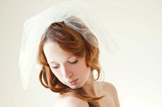 wedding inspiration from Etsy polka dots veil 2