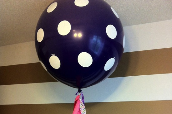 wedding inspiration from Etsy polka dots balloon