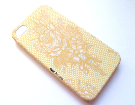 favorite iphone cases for brides modern tech weddings vintage lace