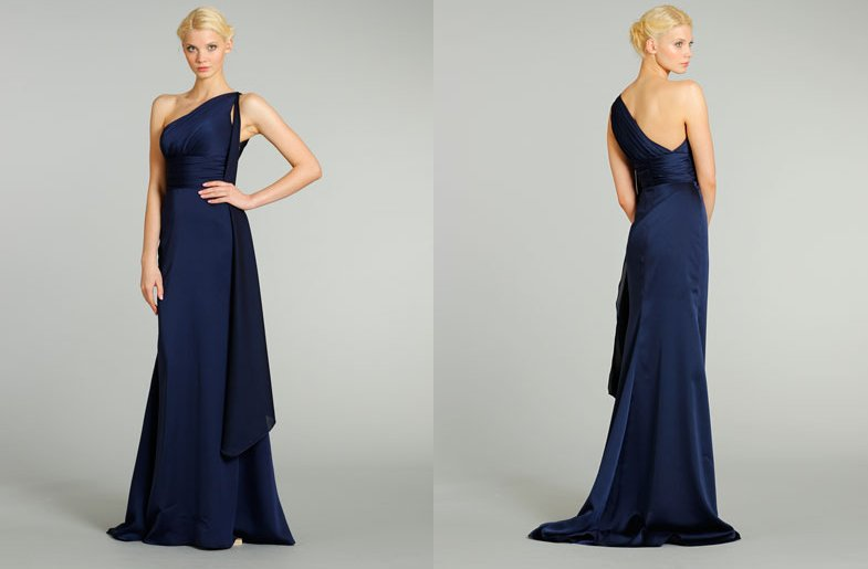 Bridesmaids-dresses-for-stylish-bridal-parties-noir-by-lazaro-from-jlm-couture-classic-navy.full