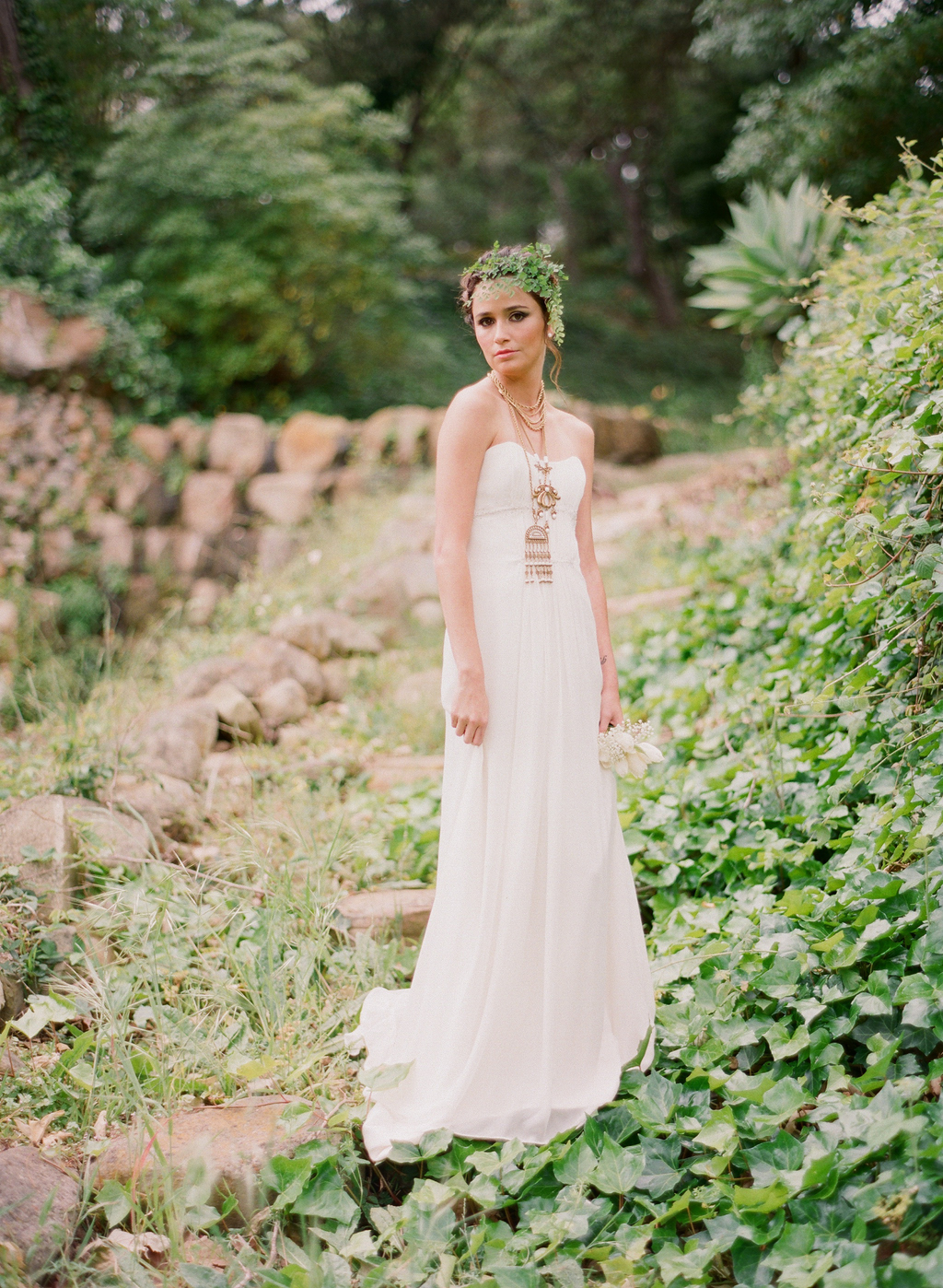 Styled-wedding-santa-barbara-chic-beaux-arts-phtographie-italian-bohemian-wedding-bride-wedding-dress-002.full