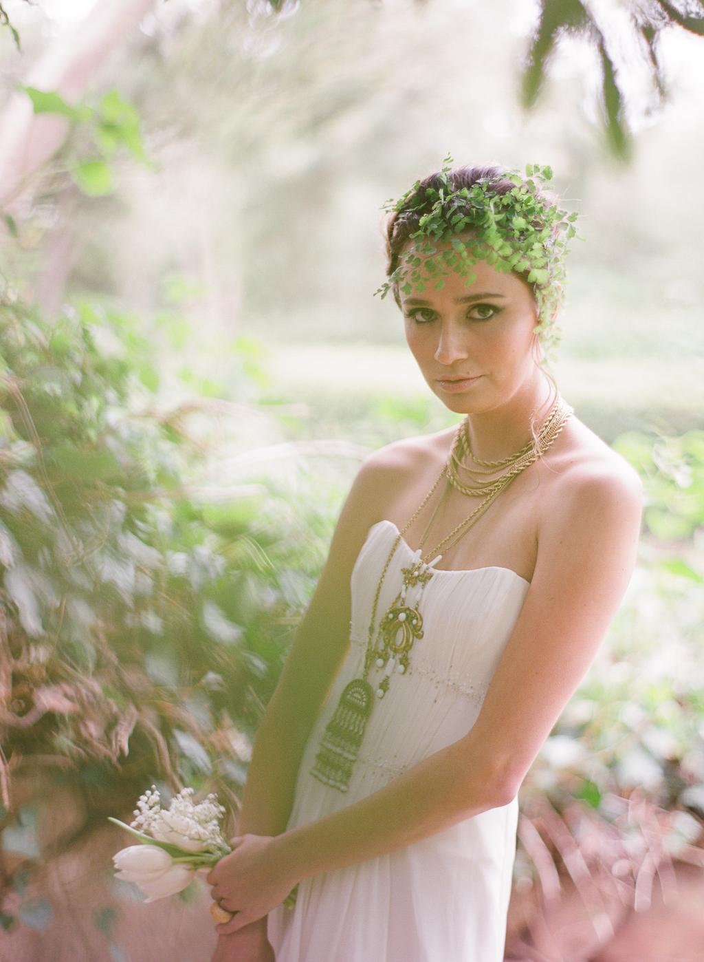 Styled-wedding-santa-barbara-chic-beaux-arts-phtographie-italian-bohemian-wedding-bride-wedding-dress-003.full