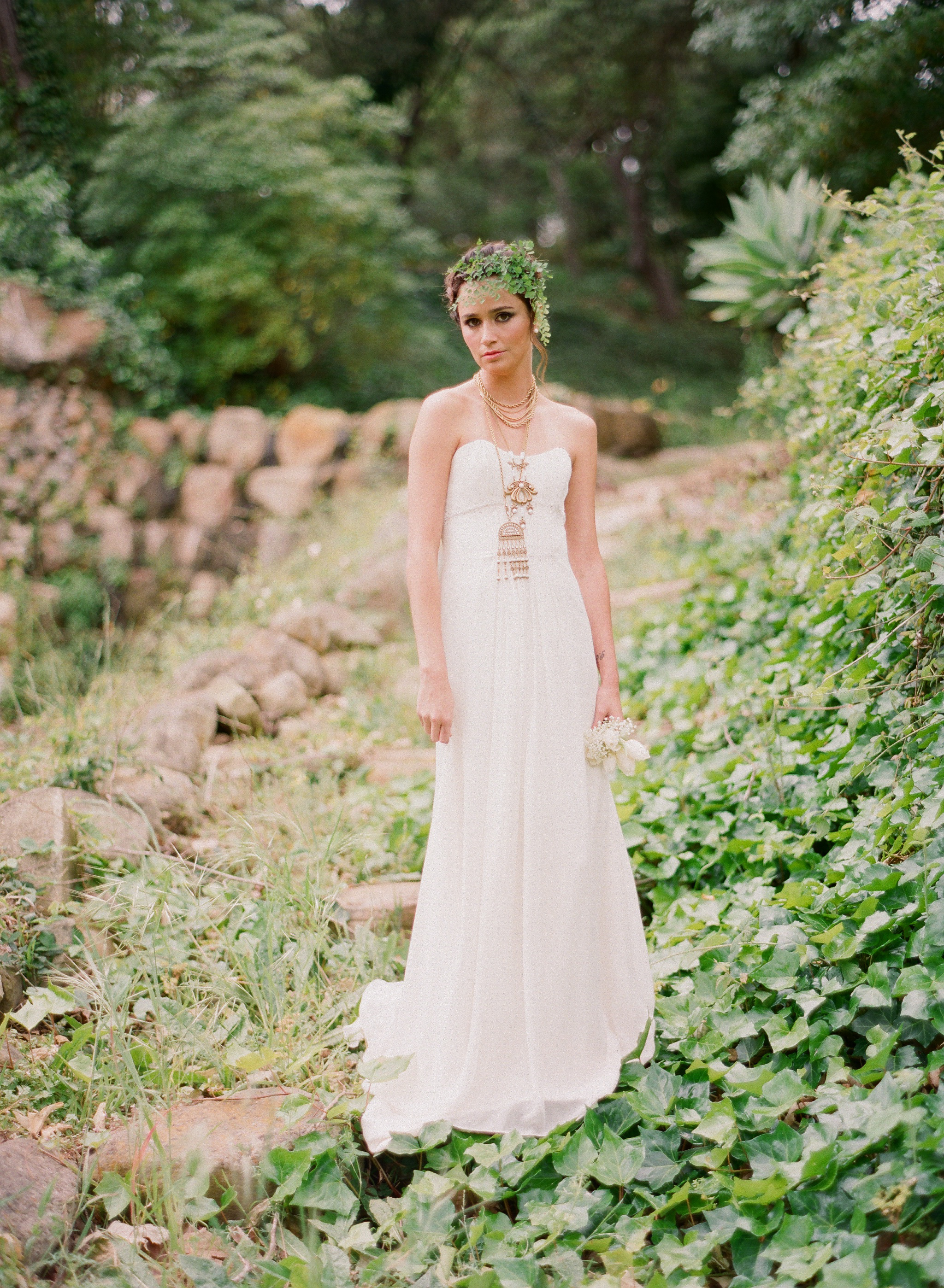 Styled-wedding-santa-barbara-chic-beaux-arts-phtographie-italian-bohemian-wedding-bride-wedding-dress-109.original