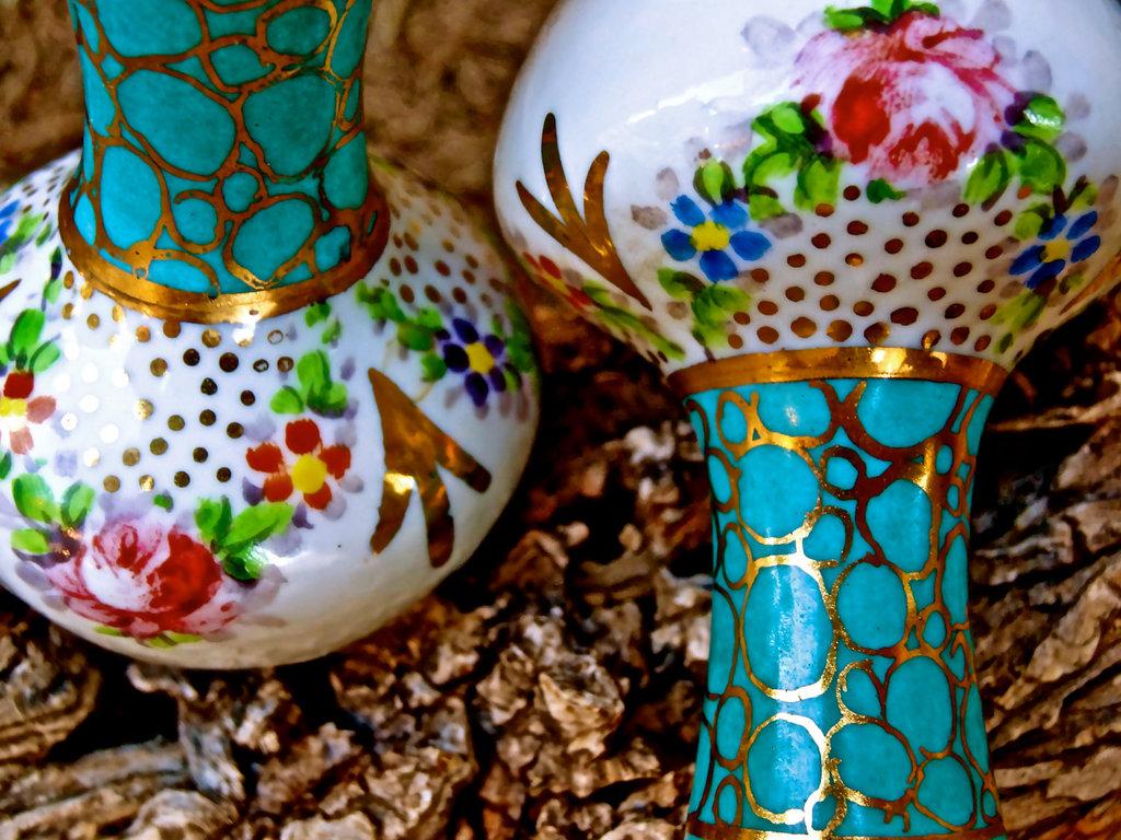 Weddings-by-style-parisian-romance-wedding-decor-inspiration-french-vases.full