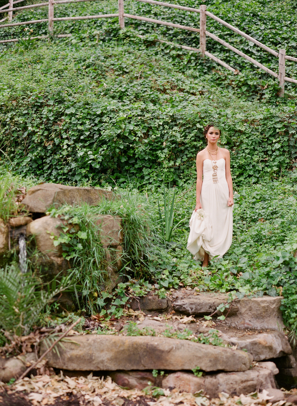 Styled-wedding-santa-barbara-chic-beaux-arts-photographie-italian-bohemian-wedding-bride-wedding-dress-022.full