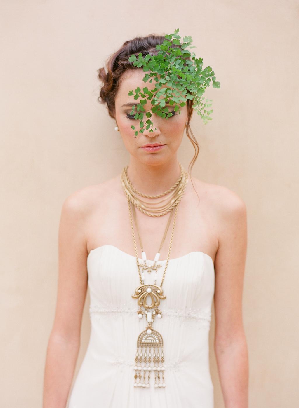 Styled-wedding-santa-barbara-chic-beaux-arts-photographie-italian-bohemian-wedding-bride-wedding-dress-white-073.full