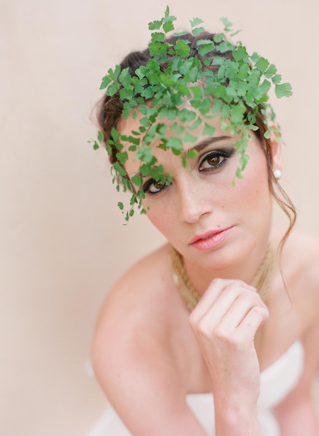Styled-wedding-santa-barbara-chic-beaux-arts-photographie-italian-bohemian-wedding-bride-wedding-hairstyle-074.full