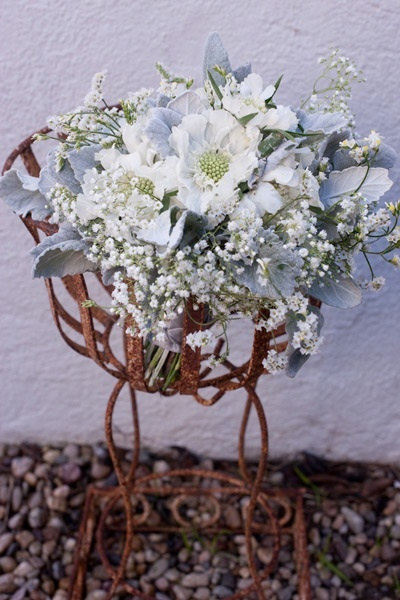 Santa-barbara-chic-floral-design-kelly-oshiro-events-white-flowers-bouquet-5.full