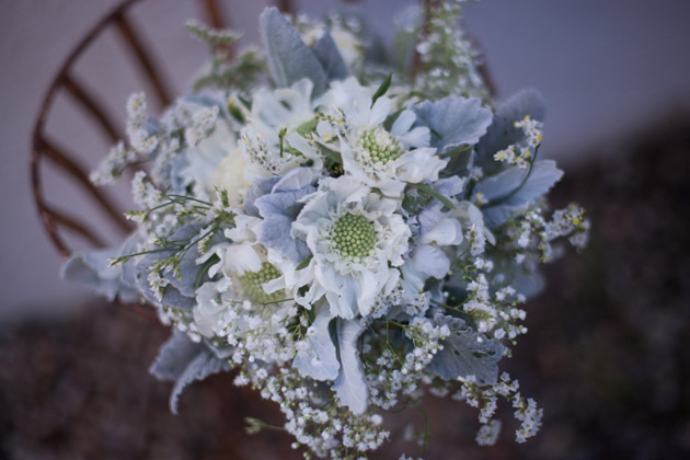 Santa-barbara-chic-floral-design-kelly-oshiro-events-white-flowers-bouquet-8.full