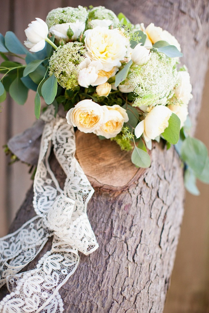 Cream-wedding-bouquet-ideas.full