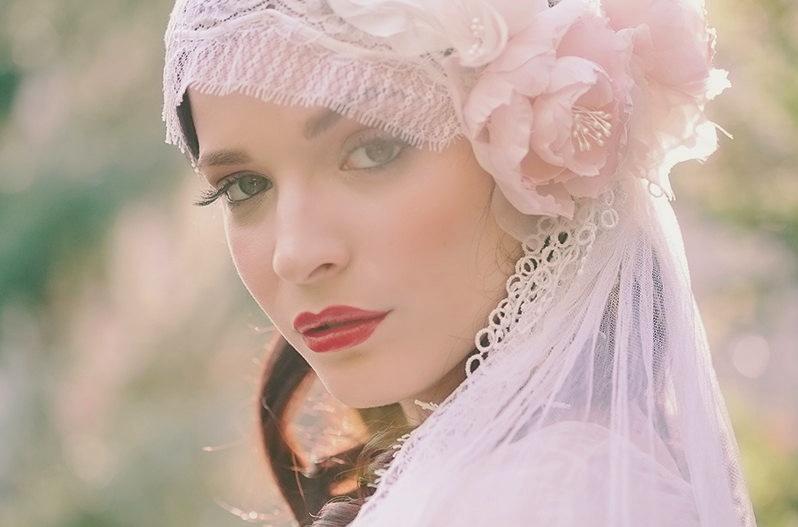 Celebrity-weddings-bohemian-bridal-veil-anne-hathaway.full