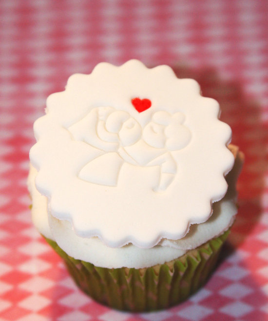 fondant wedding finds to add sweetness to handmade weddings rosettes