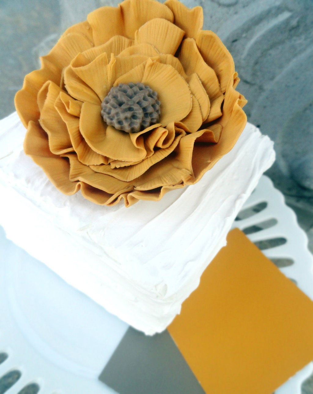 fondant wedding finds to add sweetness to handmade weddings ruffled flower