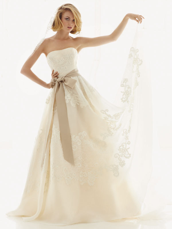 Melissa-sweet-for-davids-bridal-fall-2012-wedding-dress-bridal-gown-251001-front.full