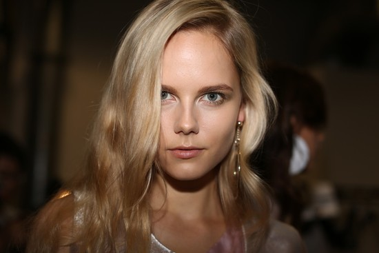 wedding hair makeup inspiration trends Milan fashion week emporio armani 1