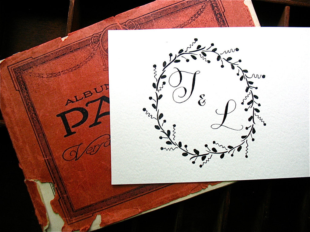 5-easy-ways-to-personalize-the-wedding-diy-weddings-custom-monogram.full