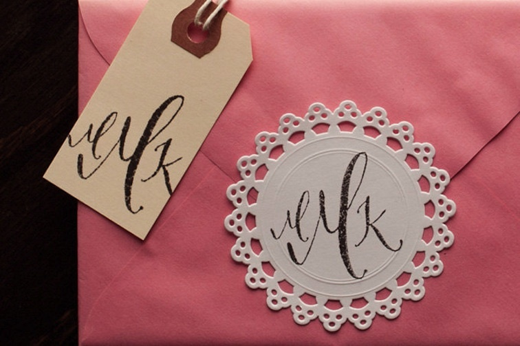 5-easy-ways-to-personalize-the-wedding-diy-weddings-custom-monogram.full