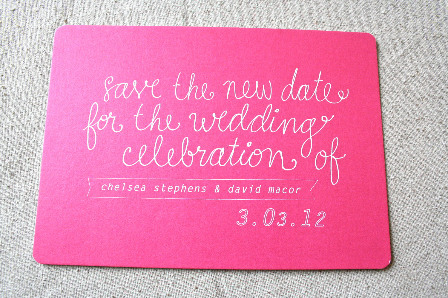 Bold-wedding-ideas-electric-colors-hot-pink-save-the-date.original