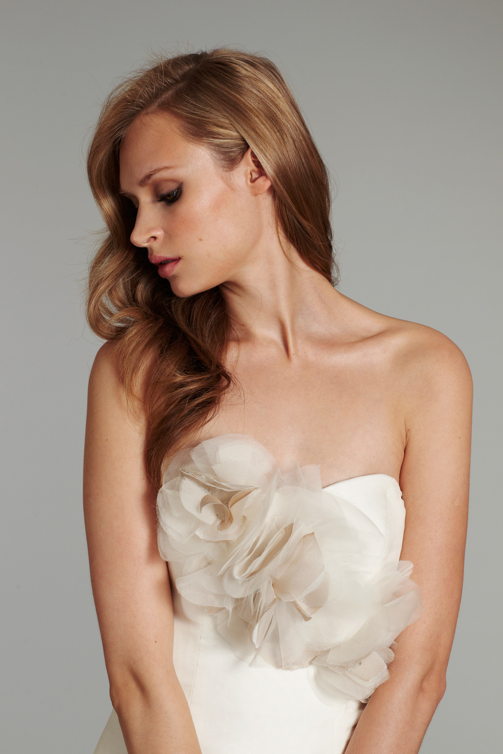 Bridal-gown-wedding-dress-jlm-hayley-paige-fall-2012-babs-detail.full