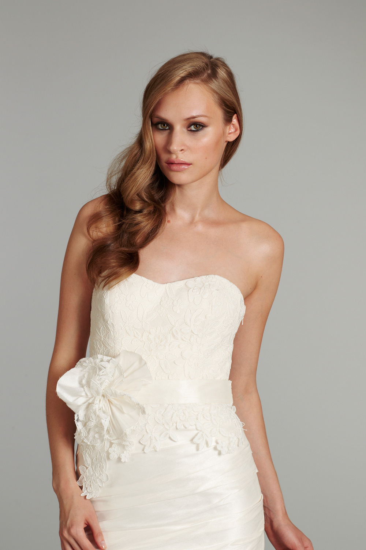 Bridal-gown-wedding-dress-jlm-hayley-paige-fall-2012-lulu-detail.full