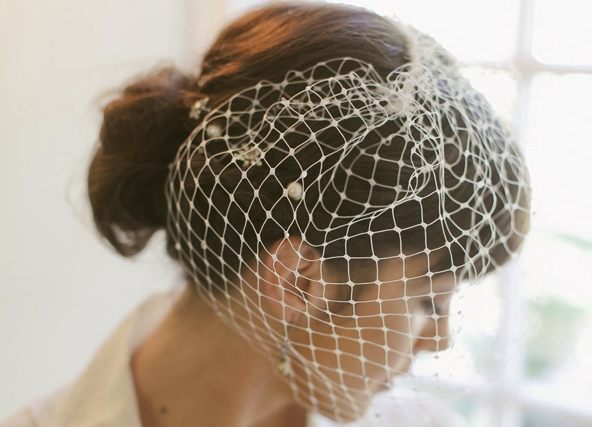 Retro-wedding-treasures-for-vintage-brides-russian-net-blusher.full