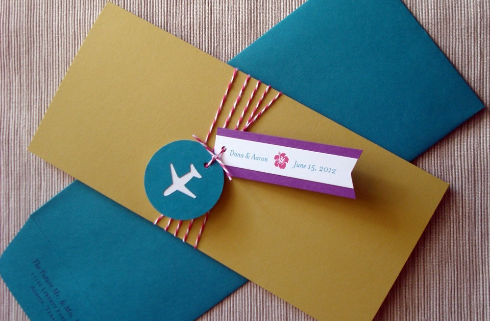 Retro-wedding-invitations-travel-themed-catch-me-if-you-can.full